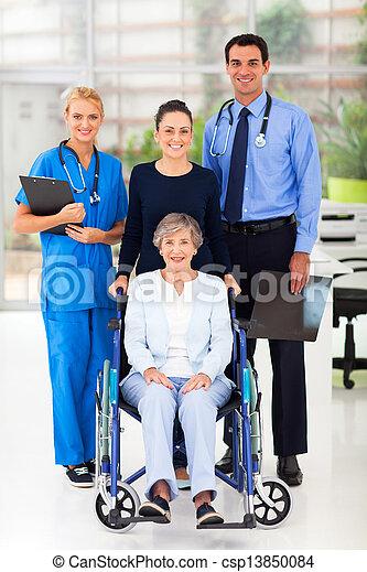 健康, 労働者, 患者, シニア - csp13850084