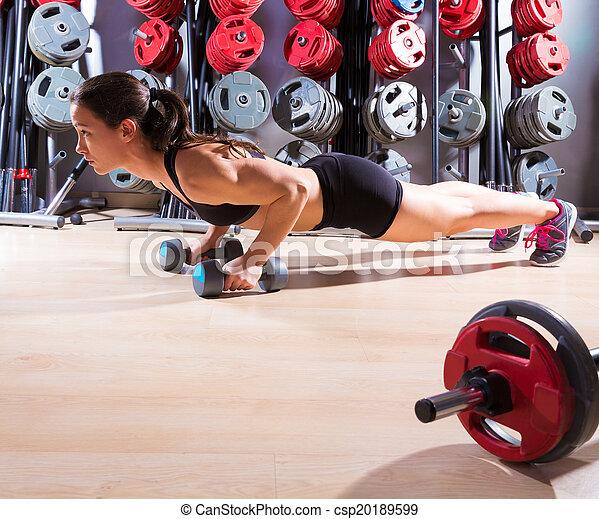 健身, 測驗, dumbbells, 俯臥撐, 婦女 - csp20189599