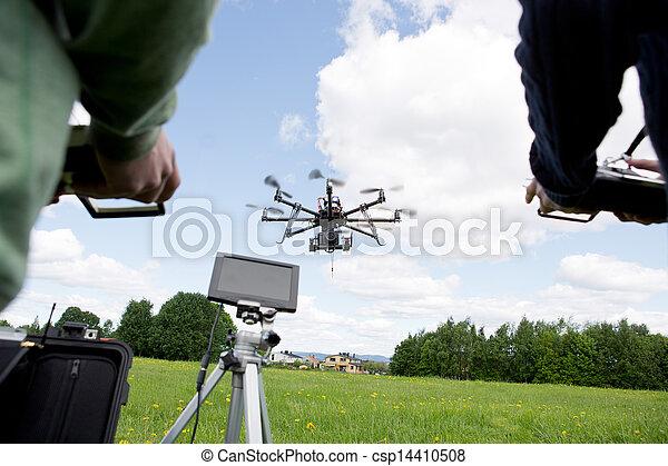 写真撮影, 無人機 - csp14410508