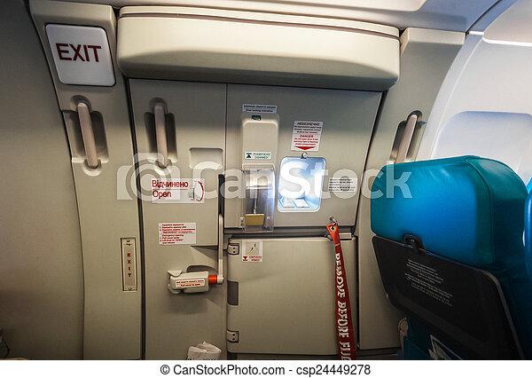 出口, 飛機, 門, 緊急事件 - csp24449278
