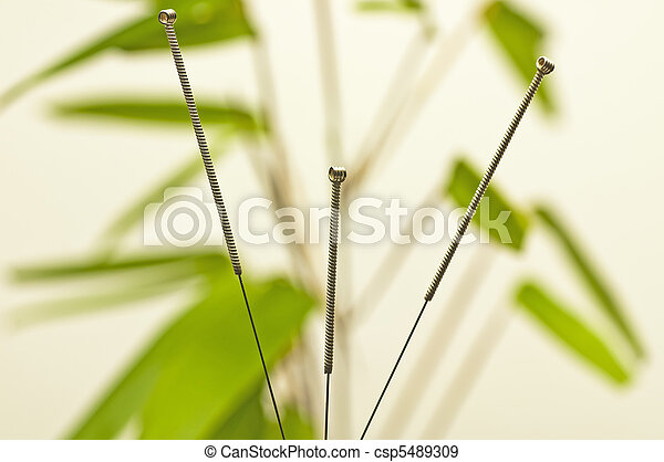 刺鍼術の 針 - csp5489309