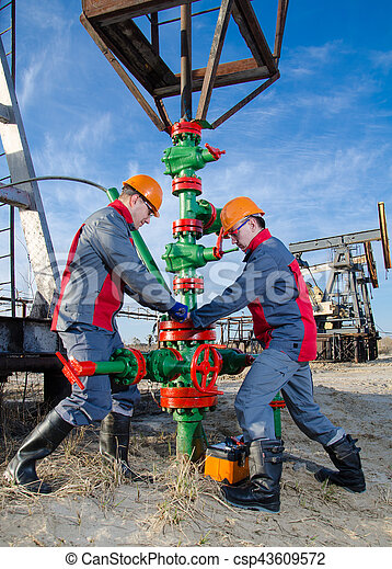 労働者, oilfield - csp43609572