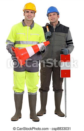 労働者, road-side - csp8833031