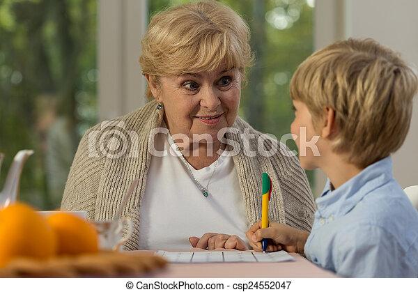 勉強, おばあさん - csp24552047