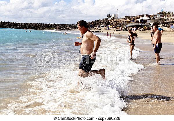 動くこと, 浜, 人 - csp7690226
