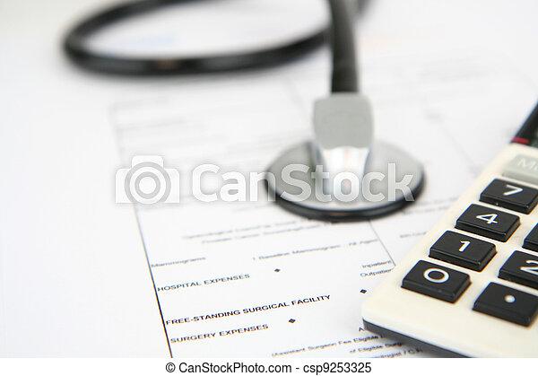 医療保険 - csp9253325