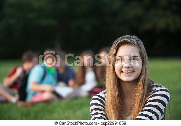 十代, 単一, 微笑 - csp22991859