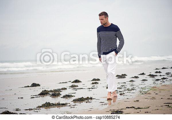単独で, 歩くこと, 浜, 人 - csp10885274