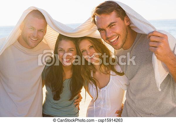 友人, 持つこと, グループ, 微笑, 一緒に, 楽しみ - csp15914263