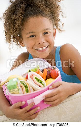 反響室, 若い, 昼食, 保有物, 女の子の微笑, パックされた - csp1706305