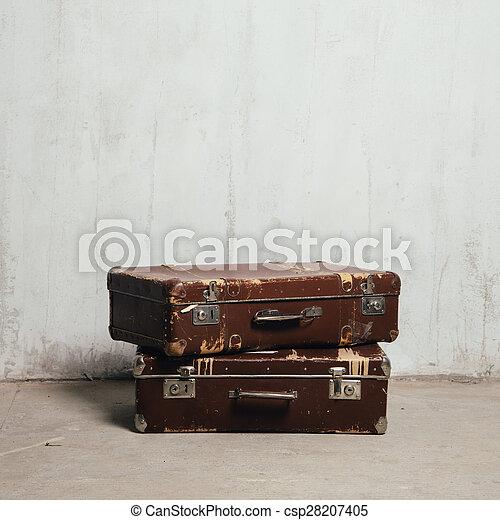古い, 2, スーツケース - csp28207405