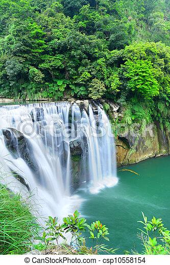 台湾, 滝 - csp10558154
