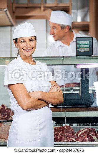 同僚, 店, 肉屋, 仕事, 確信した - csp24457676