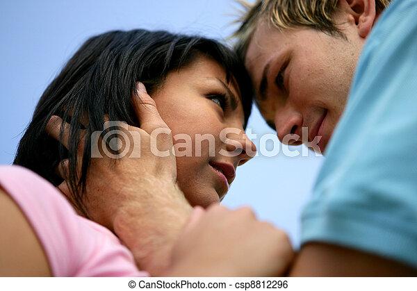 向下角度, 大约, 射击, 夫妇, 亲吻 - csp8812296