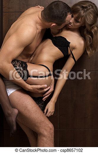 在期間, 夫婦, 年輕, 親密 - csp8657102