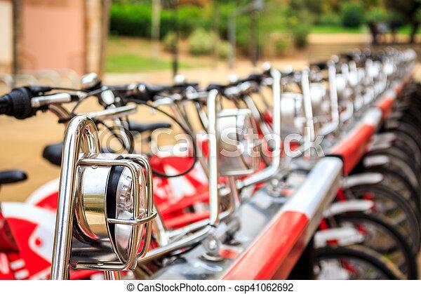 城市, 自行車, 行 - csp41062692