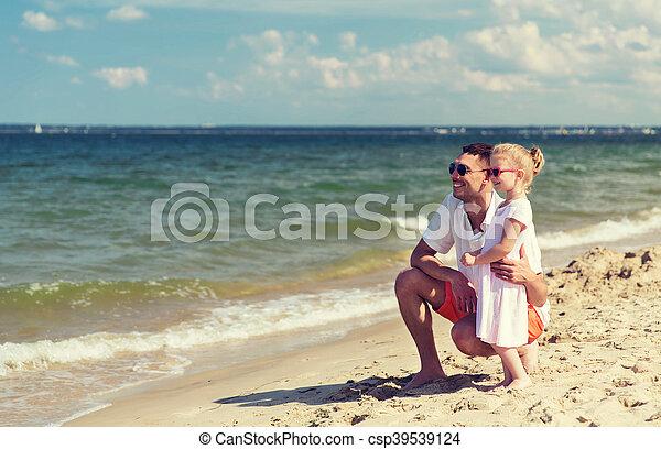 夏, 浜, サングラス, 家族, 幸せ - csp39539124