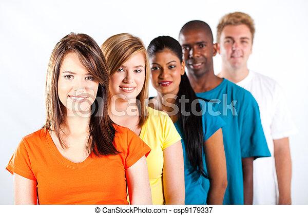 多人種である, 若い人々, グループ - csp9179337
