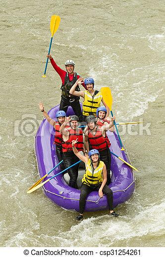 多数, whitewater の いかだで運ぶこと, 旅行, 家族 - csp31254261
