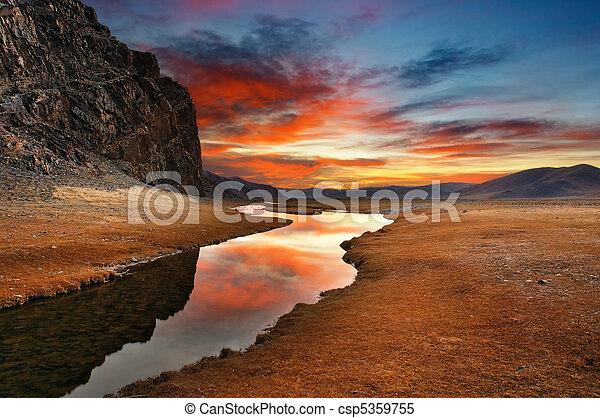 夜明け, 砂漠, mongolian - csp5359755
