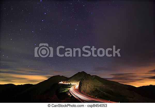 夜, 流星, 驚かせること, 伴いなさい, 星が多い - csp8454053