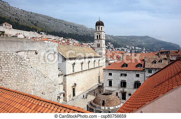 大きい, dubrovnik, onofrio, 修道院, 噴水, franciscan - csp80756659