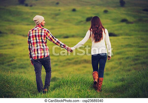 夫婦, 愛, 年輕 - csp23689340