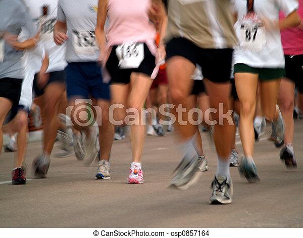 奔跑者 - csp0857164