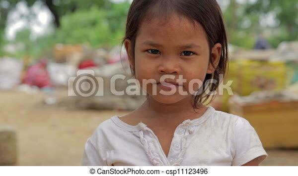 カンボジア 女の子 2012カンボジア体験記 リトルムーン・ヘアアクセサリー本店