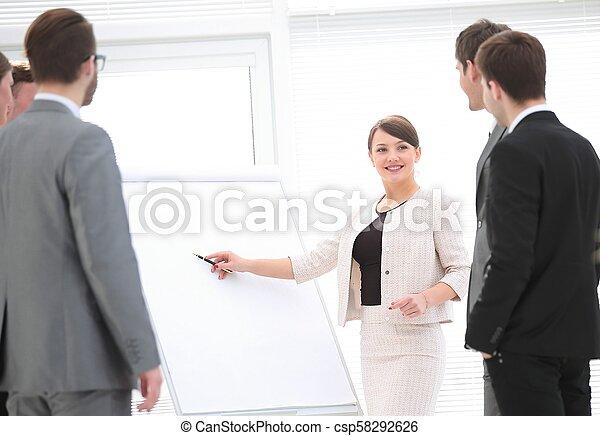 女性ビジネス, マーケティング, プレゼンテーション, プロジェクト, 新しい, 作り - csp58292626