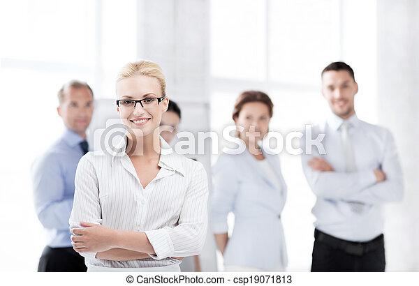 女性実業家, オフィス - csp19071813