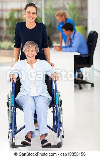 女, オフィス, 医者の, 若い, 母, シニア - csp13850156