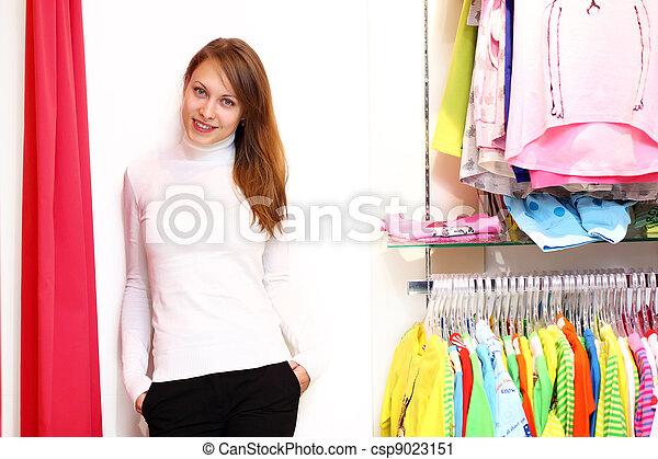 女, 中, 若い, 店, 購入クロス - csp9023151