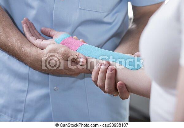 女, 手, 痛み - csp30938107