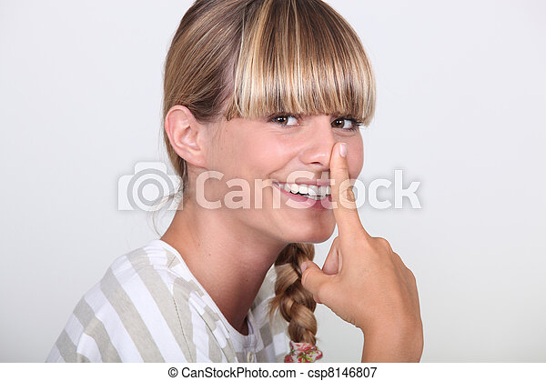 女, 指, 彼女, 鼻 - csp8146807