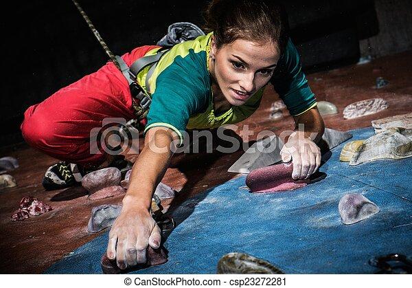 女, 練習する, ロッククライミング, 若い, 壁, 屋内, 岩 - csp23272281