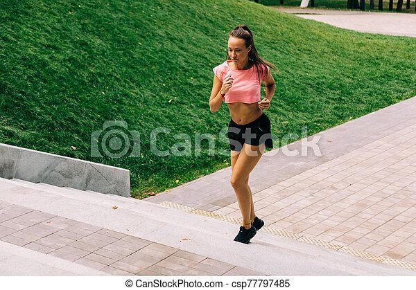 女, 訓練, 通り - csp77797485