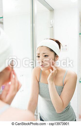 女, 魅力的, アジア人 - csp13973901
