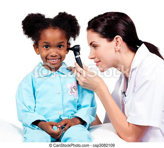 她, 醫生, 檢查, patient\'s, 女性, 耳朵 - csp3082109
