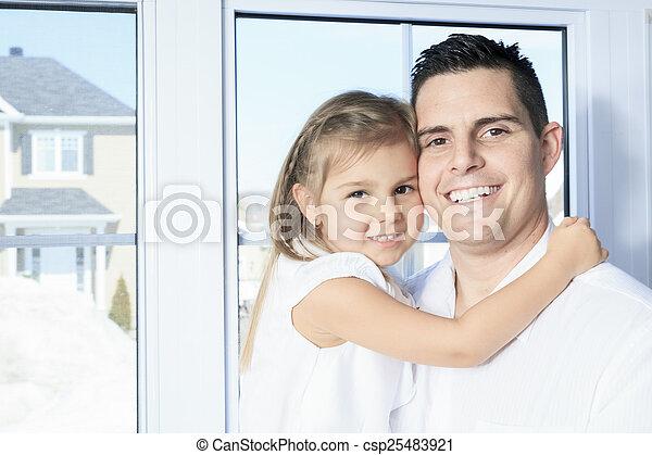 娘, 父, 若い, 窓, 終わり, 幸せ - csp25483921