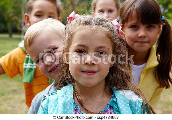 子供, 幸せ - csp4724887