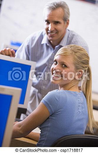 学生, コンピュータクラス, 女性の教師 - csp1718817