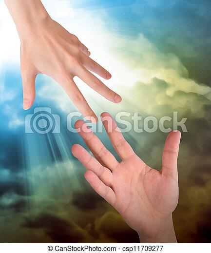 安全, 手, 雲, 助け, 手を伸ばす - csp11709277