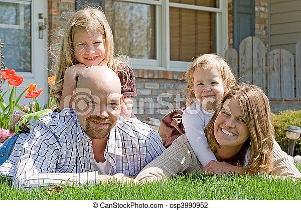 家族, 幸せ - csp3990952