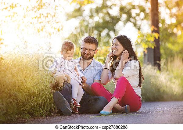 家族, 幸せ - csp27886288