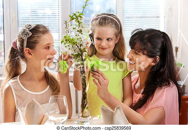 家族, egg., こつ, 子供, イースター, 幸せ - csp25839569
