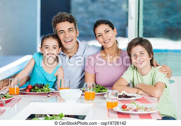 家, 家族, 大きい - csp19726142