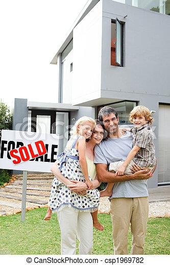 家, 家族, 購入 - csp1969782