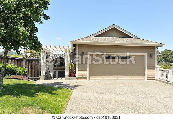 家, 私道, 家族, 2, 単一, 物語 - csp10188031