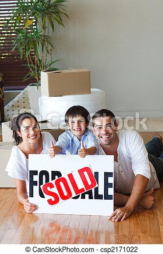 家, 箱, 床, 購入, 後で, 家族 - csp2171022
